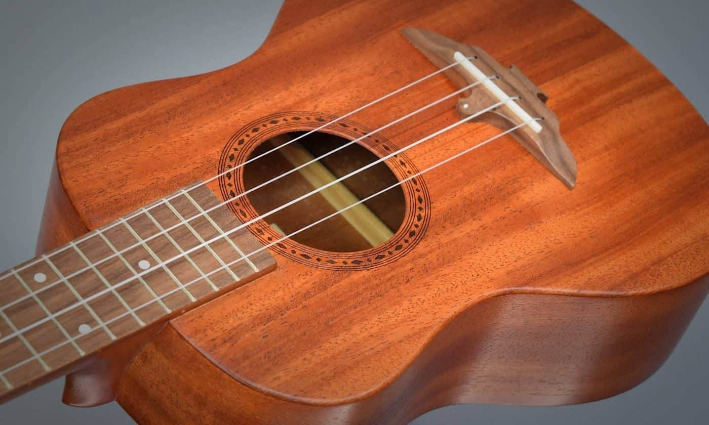 Aklot Ukulele Review - Featured Image - BeginnerUkuleles.com