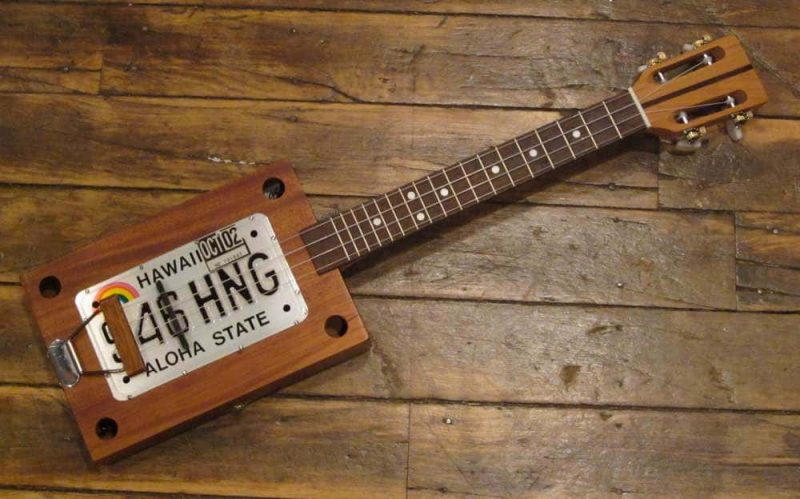 Cigar box ukulele with Hawaii license plate